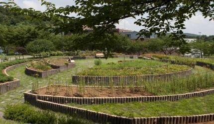 남녀노소 모두 동심의 세계로 빠지는 그곳. 김포 조각공원 여행,경기도 김포시