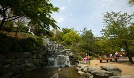 자연의 고마움을 새삼 느끼는, 서울 금천구 산기슭공원,서울특별시 금천구