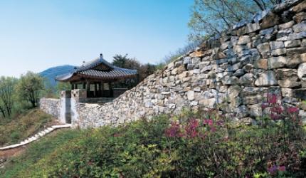 녹음이 짙은 성주의 역사명소 - 독용산성과 무흘구곡 ,경상북도 성주군
