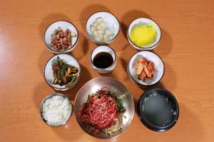육회비빔밥,경상북도 예천군,지역음식