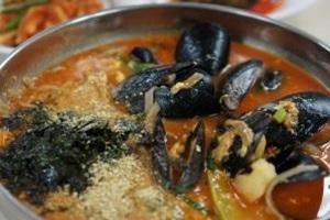 홍합장칼국수,강원도 양양군,지역음식