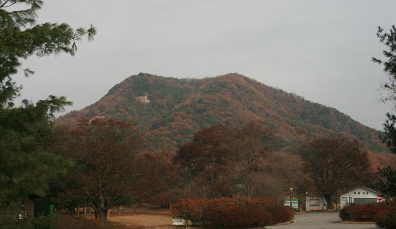 영험한 기운을 부르는 산