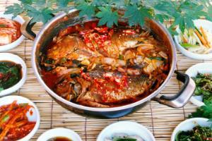 양구에서 만난 별미, 산채 & 민물고기
