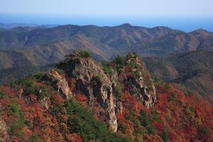 자연이 그리는 바위와 계곡의 아름다움, 팔각산,경상북도 영덕군