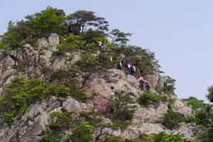 남원의 용아장성, 문덕봉(門德峰)의 봄