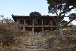 천등산의 종이봉황새가 머무는 봉정사(鳳停寺)