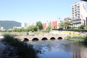 갈수록 기대되는 온천천시민공원,부산광역시 연제구