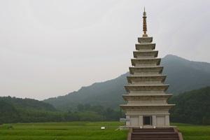 불교문화의 보고 '미륵사지'와 '숭림사',전라북도 익산시