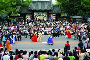 21세기에 들썩이는 춘향과 몽룡의 사랑, 남원 춘향제,전라북도 남원시
